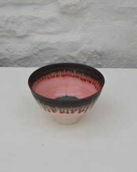 Peter wills light pink ceramic bowl bronze rim wychwoodart