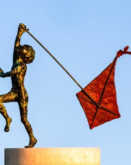 perseverance-alison-bell-bronze-sculpture