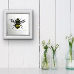 Vicky Oldfield, Garden Bumblebee, Wychwood Art, Screen print, Contemporary art, bee picture,in situ, jpeg-0041b15d